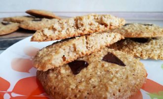 Овсяное печенье с шоколадом и апельсином