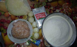 Пирожки с фаршем и капустой в духовке 4