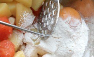 Картофельные котлеты с грибным соусом рецепт 3
