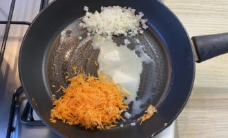 Паста с горбушей в рыбном соусе 3