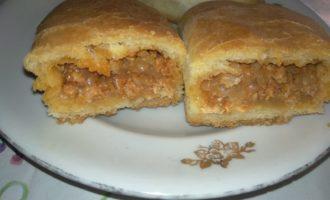 Пирожки с фаршем и капустой в духовке