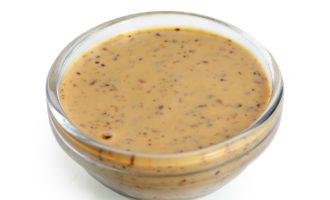 Пряный ореховый соус с кинзой