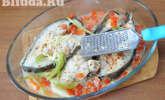 Cтейк синей зубатки с овощами в духовке фото 10