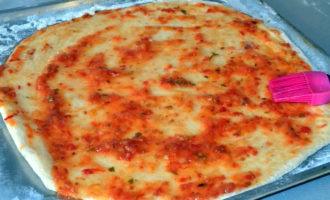 пицца с колбасой и маринованными огурцами фото 3
