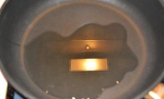 Тушеная капуста с сосисками фото 3
