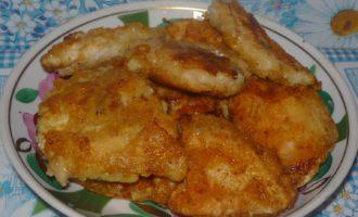 Куриное филе в кляре на сковороде фото