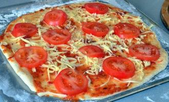 пицца с колбасой и маринованными огурцами фото 5