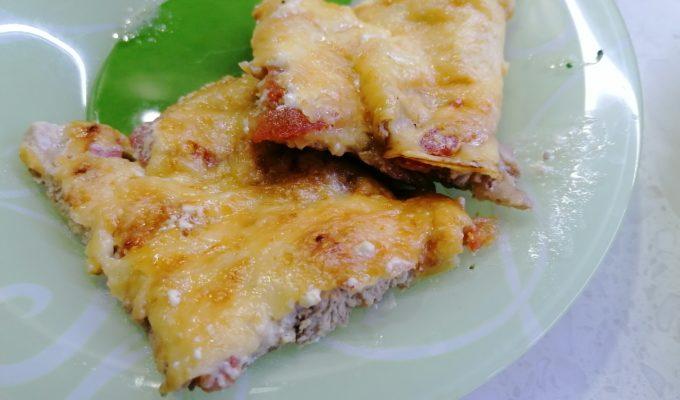 Куриная грудка с помидорами и сыром в духовке фото
