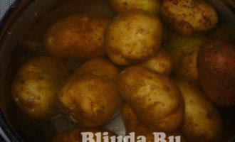 салат оливье с колбасой и яблоками фото 2