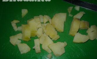 салат оливье с колбасой и яблоками фото 4